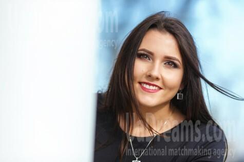 Tanechka from Kremenchug 23 years - cool photo shooting. My small public photo.