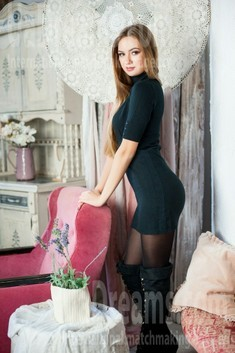 Tanya from Ivanofrankovsk 22 years - easy charm. My small public photo.