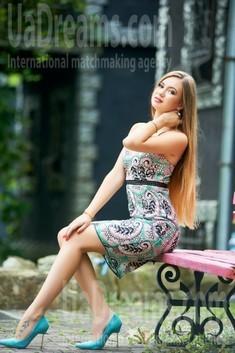 Tanya from Ivanofrankovsk 23 years - joy and happiness. My small public photo.