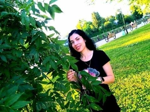 Karina Kharkov 30 y.o. - intelligent lady - small public photo.