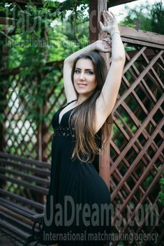 Julia from Sumy 36 years - introduce myself. My small public photo.