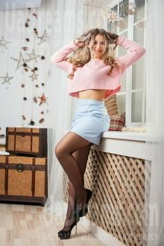 Anastasiya from Ivanofrankovsk 22 years - cool photo shooting. My small public photo.