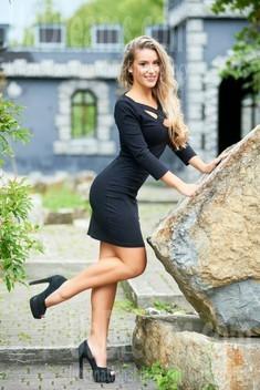 Anastasiya from Ivanofrankovsk 22 years - good girl. My small public photo.