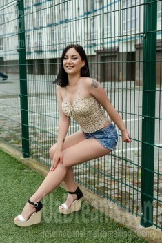 Kvita from Ivano-Frankovsk 24 years - search for love. My small public photo.