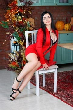 Olga from Zaporozhye 22 years - eyes lakes. My mid primary photo.