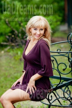 Ekaterina from Kharkov 36 years - attentive lady. My small public photo.