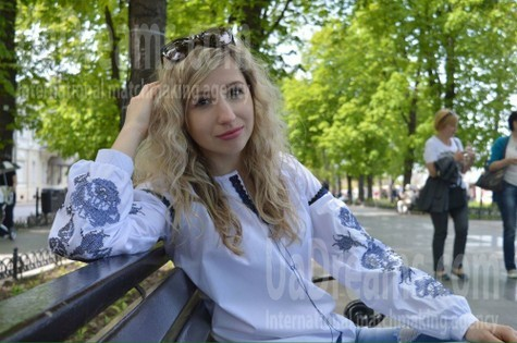 Natalka from Zaporozhye 28 years - girl for marriage. My small public photo.