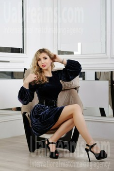 Natalka from Zaporozhye 28 years - desirable woman. My small public photo.