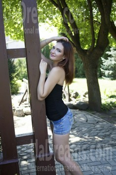 Victoria from Sumy 34 years - waiting for you. My small public photo.