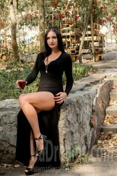 Victoria from Sumy 33 years - ukrainian woman. My small public photo.