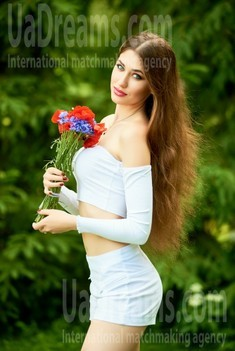 Antonina from Ivanofrankovsk 21 years - searching life partner. My small public photo.