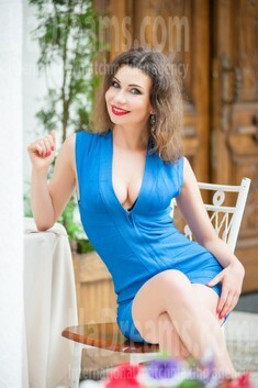 Ira from Ivanofrankovsk 34 years - loving woman. My small public photo.