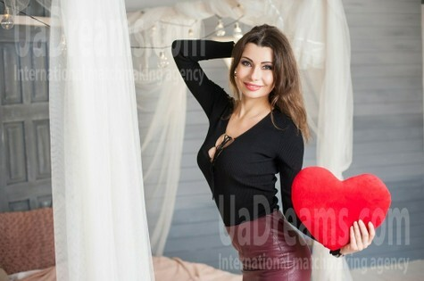 Ira from Ivanofrankovsk 34 years - eyes with love. My small public photo.