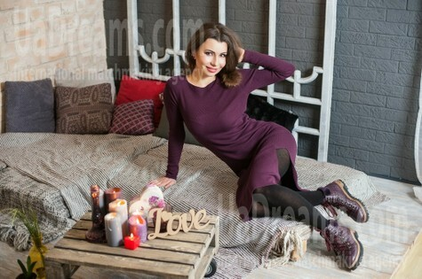 Ira from Ivanofrankovsk 34 years - single russian woman. My small public photo.