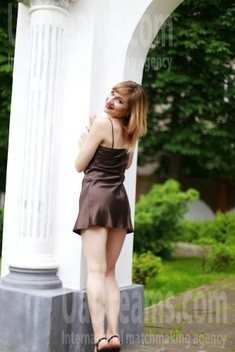 Tanya from Sumy 26 years - waiting for husband. My small public photo.