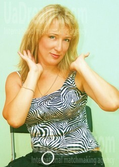 Tatyana from Odessa 48 years - loving woman. My small public photo.