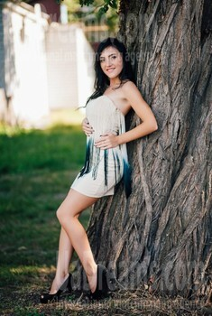 Julie from Cherkasy 25 years - amazing girl. My small public photo.