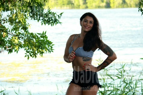 Yana from Kremenchug 37 years - single russian woman. My small public photo.