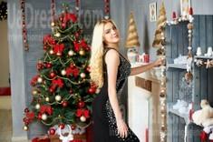 Anya from Ivanofrankovsk 22 years - loving woman. My small public photo.