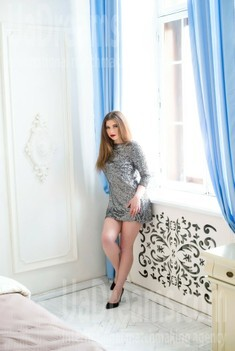 Inna from Sumy 32 years - loving woman. My small public photo.