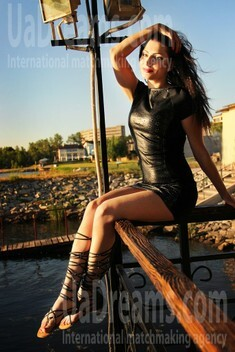 Irochka from Zaporozhye 33 years - Kind-hearted woman. My small public photo.