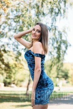 Irina from Sumy 29 years - independent woman. My small public photo.