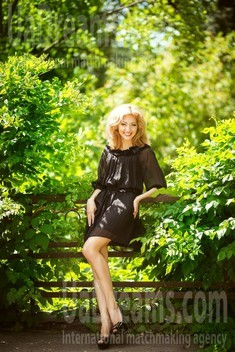 Alyona from Kiev 32 years - photo session. My small public photo.