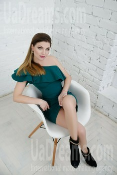 Vicky from Zaporozhye 35 years - searching life partner. My small public photo.