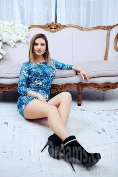 Vicky from Zaporozhye 34 years - creative image. My small public photo.