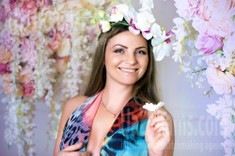 Vicky from Zaporozhye 36 years - clever beauty. My small public photo.