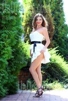 Vicky from Zaporozhye 36 years - soft light. My small public photo.