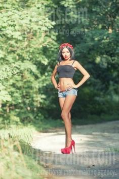 Milochka from Sumy 32 years - photo gallery. My small public photo.