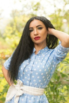 Milochka from Sumy 33 years - want to be loved. My small public photo.