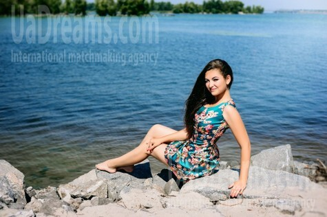 Olya from Cherkasy 19 years - eyes with love. My small public photo.