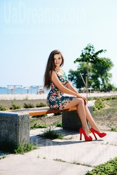 Olya from Cherkasy 19 years - photo session. My small public photo.