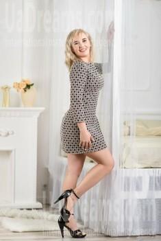 Svetlana 35 years - clever beauty. My small public photo.
