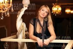 Oksana from Zaporozhye 37 years - look for fiance. My small public photo.