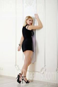 Oksana from Zaporozhye 38 years - desirable woman. My small public photo.