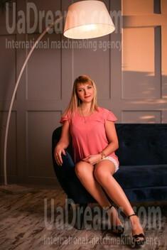 Oksana from Zaporozhye 40 years - creative image. My small public photo.