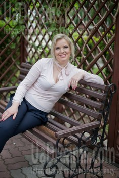 Irina from Sumy 36 years - mysterious beauty. My small public photo.