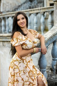 Orysya from Ivano-Frankovsk 30 years - girl for marriage. My small public photo.