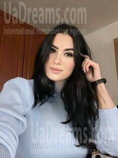 Orysya Ivano-Frankovsk 30 y.o. - intelligent lady - small public photo.