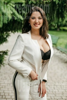 Orysya from Ivanofrankovsk 29 years - morning freshness. My small public photo.