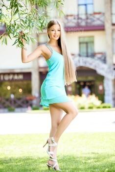 Tatiana from Ivanofrankovsk 25 years - lovely girl. My small public photo.