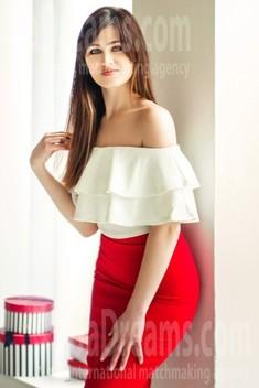 Elena from Kharkov 26 years - romantic girl. My small public photo.