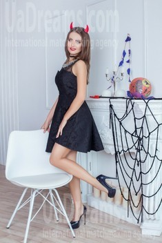 Katerina from Dnipro 29 years - morning freshness. My small public photo.