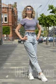 Katerina Dnipro 32 y.o. - intelligent lady - small public photo.