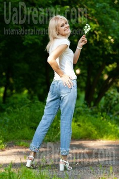 Alyona from Kremenchug 43 years - creative image. My small public photo.