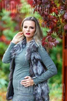 Anya from Kremenchug 36 years - girl for dating. My small public photo.