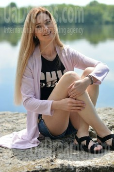 Alyona from Kremenchug 26 years - photo session. My small public photo.